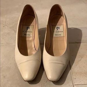Shoes - Cream leather pump